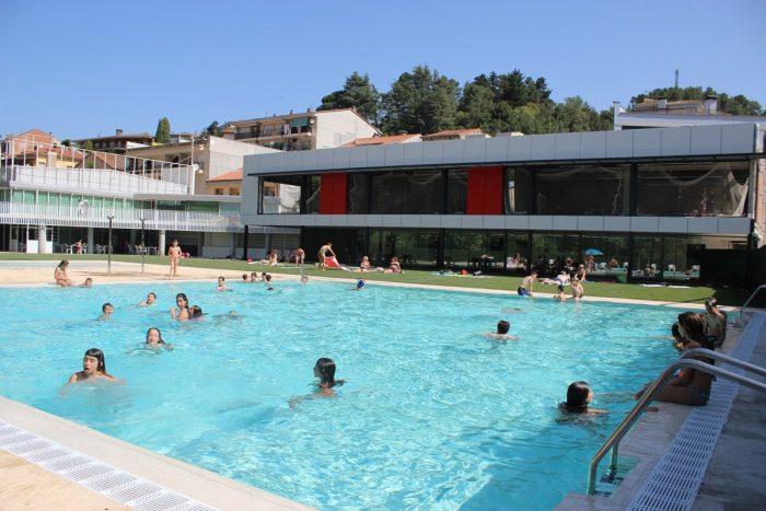 Personal bar piscina estiu 2021